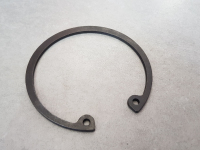 Кольцо стопорное двухрядного подшипника ступицы (IVECO)